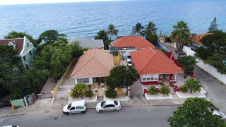 Athome curacao all real estate 5999 788 4663 for Huizen dubbele bewoning